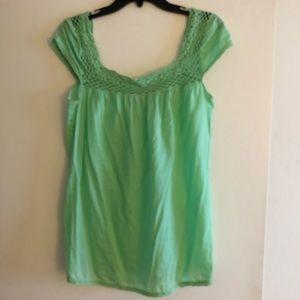 Gianni Bini Green Blouse Size Medium